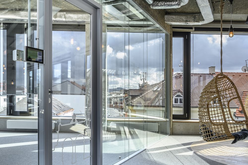 Modern offices in Aimtec, Pilsen