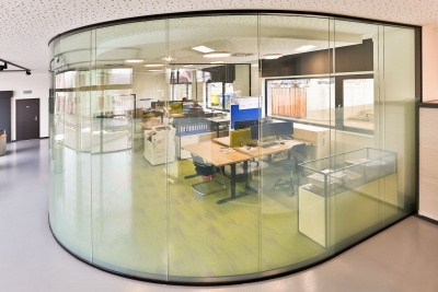 Digital blinds for functional office solutions