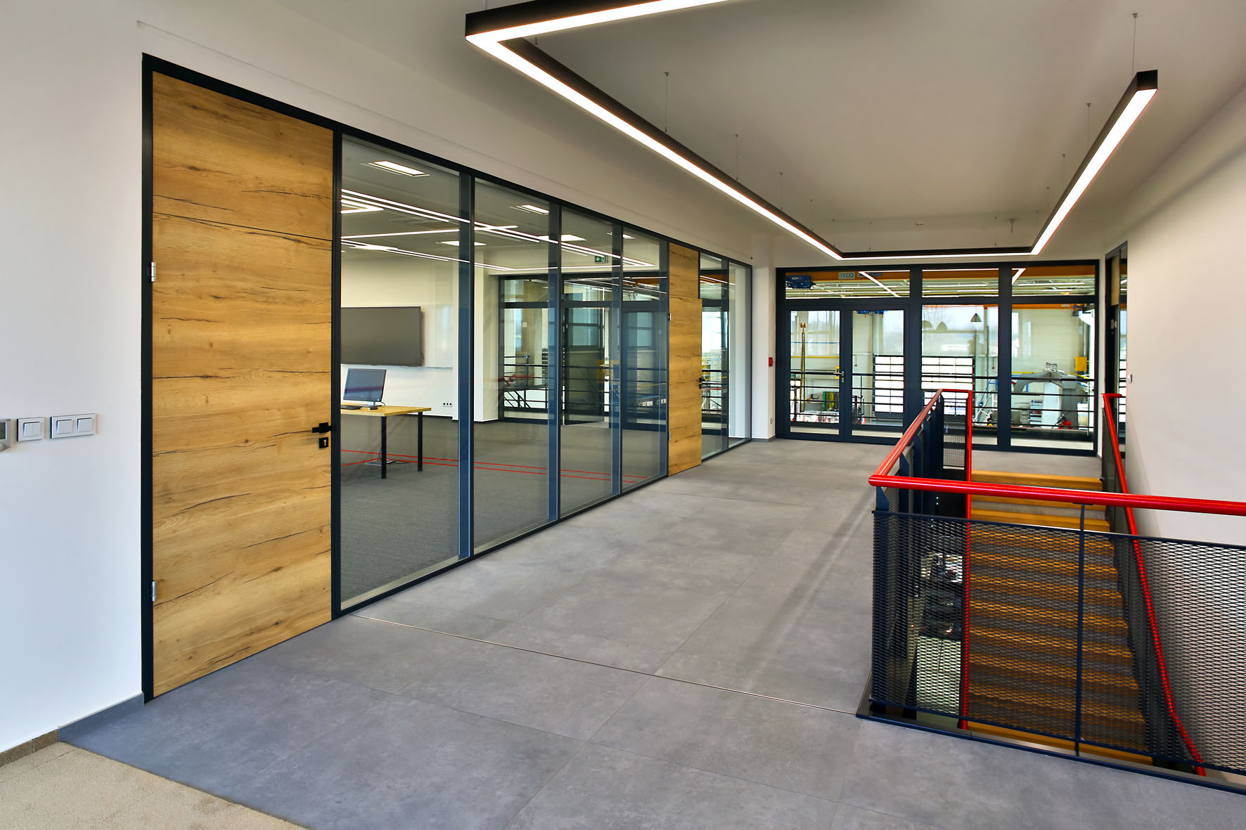 OMEGA modular partitions and FIRA fire rated partitions for Valk Welding